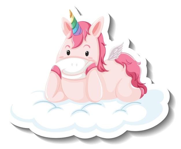Lindo unicornio tendido en la nube sobre fondo blanco.