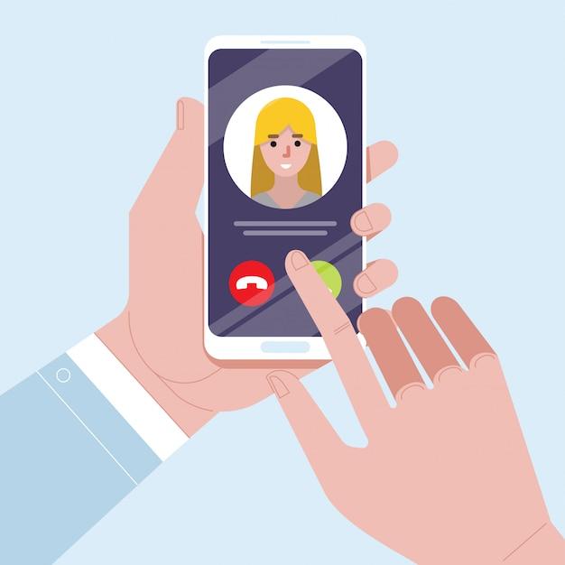 Llamada entrante en la pantalla del teléfono inteligente