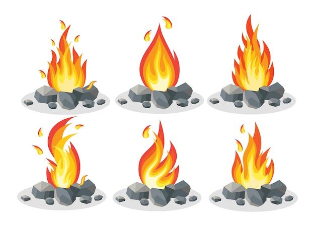 Llamas de fuego de dibujos animados, hoguera, fogata aislada sobre fondo.