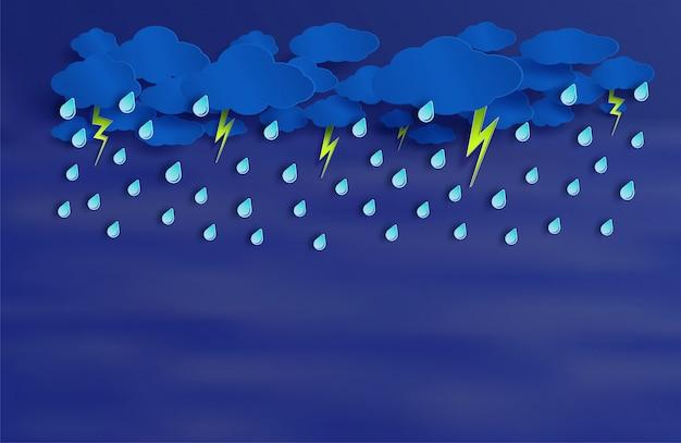 La lluvia va a caer en el cielo nocturno