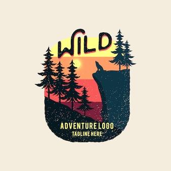 Logo de aventura wild travel vintage