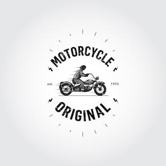 Logo con diseño de moto