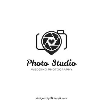 Logo de fotografía en color negro