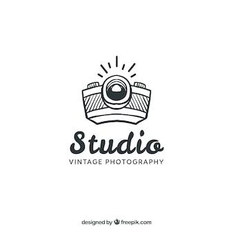 Logo de fotografía con vista lateral