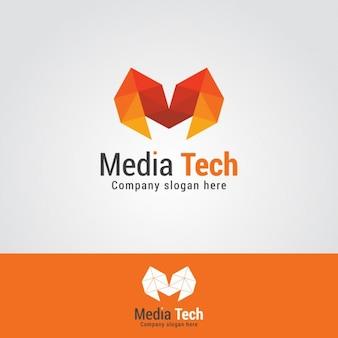 Logo poligonal de letra m