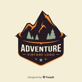 Logo retro de aventuras