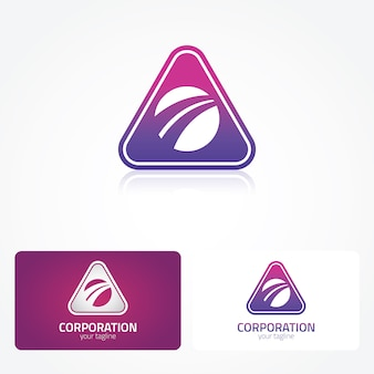 Logo rosa y morado con diseño de triángulo