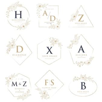 Logos de boda con decoraciones florales.
