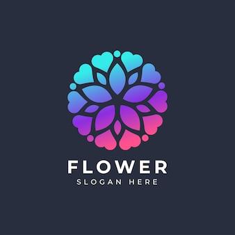 Logotipo de amor de flor abstracta
