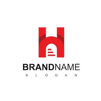 Logotipo de bienes raíces con inicial h y símbolo de puerta