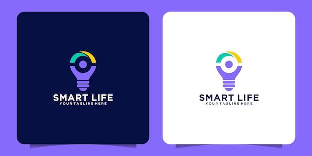 Logotipo de bombilla inteligente con concepto de gente feliz y plantilla de diseño de bombilla