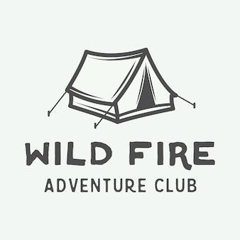 Logotipo de camping al aire libre y aventura vintage.
