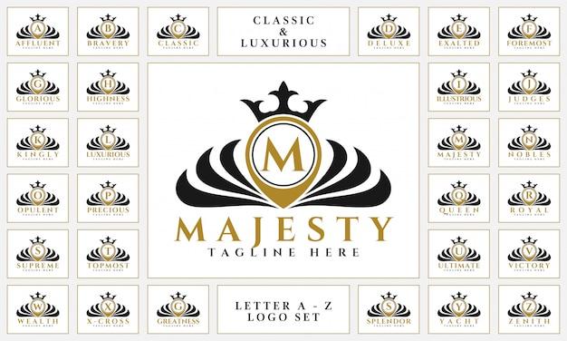 Logotipo de la carta de lujo con estilo clásico real de adorno