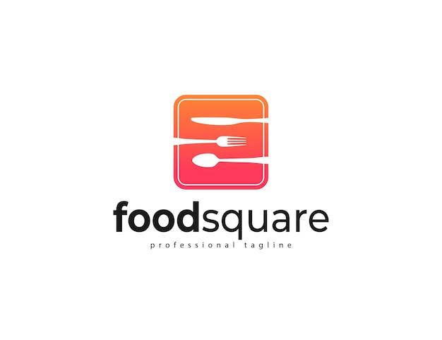 Logotipo de comida con diseño de cuchara, tenedor y cuchillo de cocina.