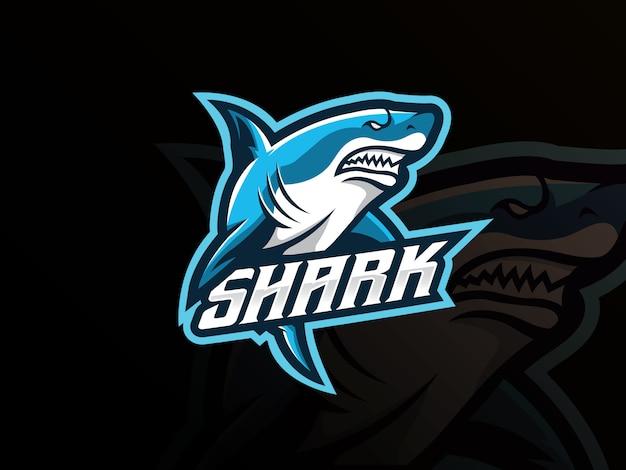 Logotipo del deporte mascota de tiburón