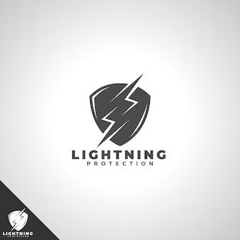 Logotipo de escudo con concepto de protección contra rayos