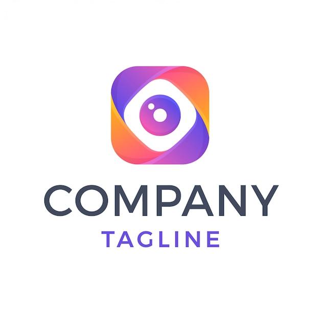 Logotipo de gradiente multicolor abstracto de lente de cámara cuadrada