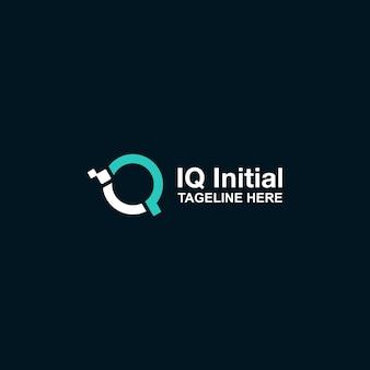 Logotipo inicial de iq