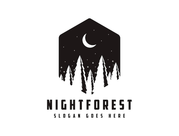 Logotipo de insignia de viaje de aventura al aire libre con sol, escena nocturna y bosque de pinos