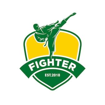 Logotipo de luchador de artes marciales