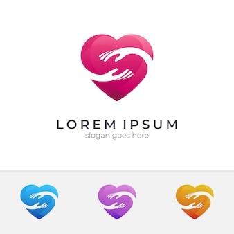 Logotipo de mano + corazón