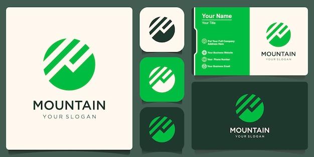 Logotipo de montaña con sencillo y moderno.