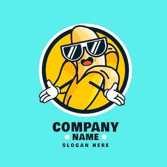 Logotipo de personaje de plátano fresco