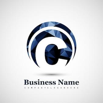 Logotipo poligonal con la letra c
