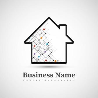 Logotipo tecnológico con una casa