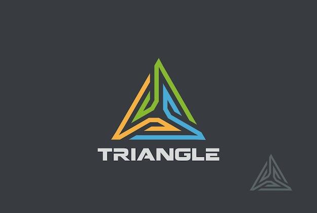 Logotipo de triángulo.
