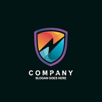 Logotipo de trueno y escudo
