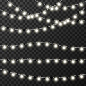 Luces de navidad aisladas en transparente