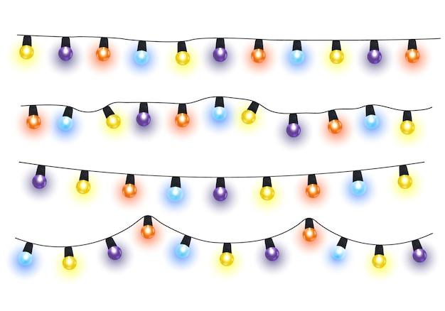 Las luces de navidad aislaron elementos de diseño realista. guirnaldas con bulbos de colores.