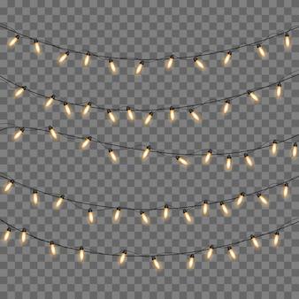 Las luces de navidad amarillas aislaron elementos realistas.