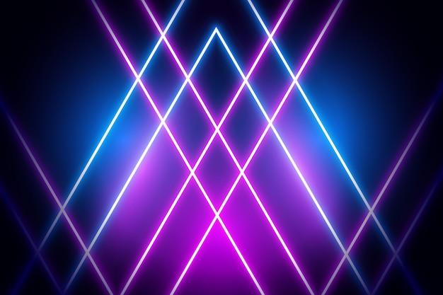 Luces de neón violetas y azules sobre fondo oscuro