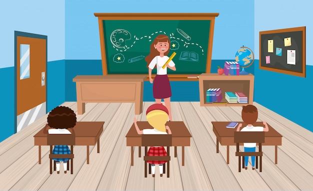 Maestra de mujer con niñas y estudiantes varones en el aula.