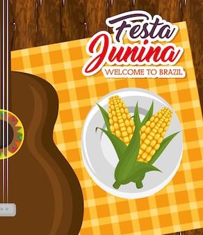 Maíz en plato y guitarra sobre mesa de madera y mantel cuadrado naranja ilustración vectorial