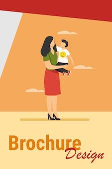 Mamá joven con niño pequeño en brazos. madre e hijo de pie al aire libre, abrazando la ilustración de vector plano. maternidad, cuidado infantil, concepto de familia