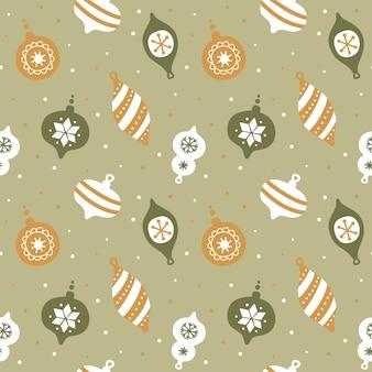 Mano dibujada de patrones sin fisuras con lindas decoraciones para árboles de navidad.