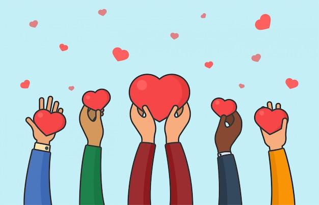 Manos de personas sosteniendo corazones. concepto de paz, amor y unidad. ilustración de vector plano de donación y caridad multiétnica