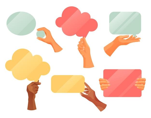 Manos sosteniendo nubes de nota de texto