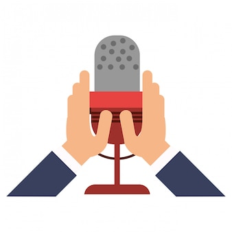Manos sosteniendo el símbolo de micrófono
