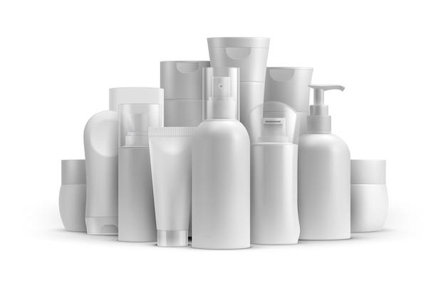 Maqueta de paquetes de botellas y tubos de productos de línea cosmética. envase de crema, bálsamo en spray, jabón y champú. plantilla de vector de cuidado de la piel e higiene