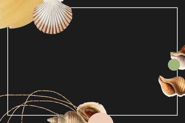Marco blanco sobre fondo negro de conchas