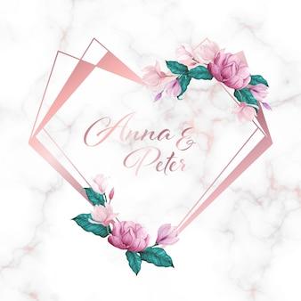 Marco de corazón con flores sobre fondo de mármol para logotipo de monograma de boda y tarjeta de invitación
