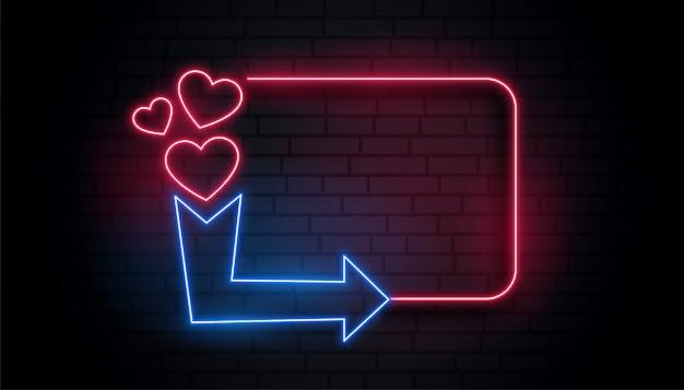 Marco de corazón de luz de neón retro con espacio de flecha y texto