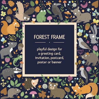 Marco de diseño cuadrado de vector con animales y elementos del bosque. plantilla de tarjeta de bosque divertido lindo.