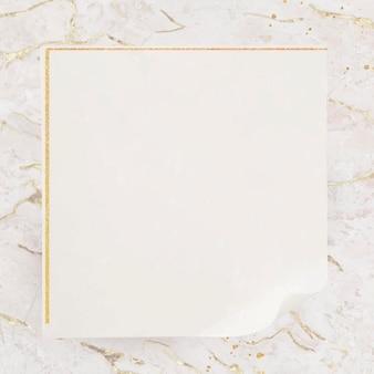 Marco dorado cuadrado en blanco
