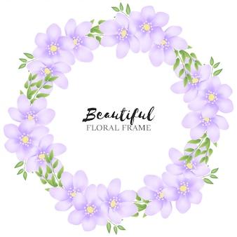 Marco hermoso círculo floral púrpura