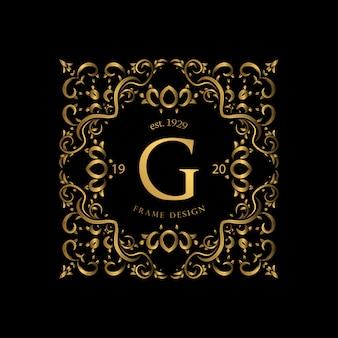 Marco de lujo con color dorado